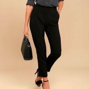 NWT Lulu's Kickit Trousers in Black